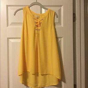 Maison Jules yellow sleeveless blouse